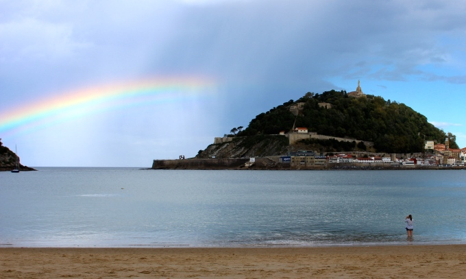 Me shooting the rainbow in San Sebastián.  c/o Regan