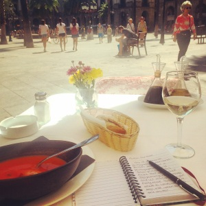 A very romantic lunch alone in Barcelona